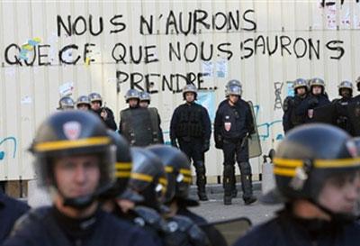 mouv1 dans Amputation du service public et de la solidarite.